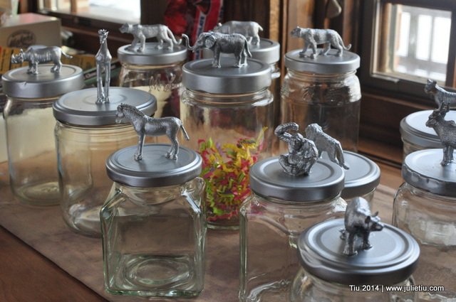 Recycle Glass Jars Fun Party Favor Plastic Animals